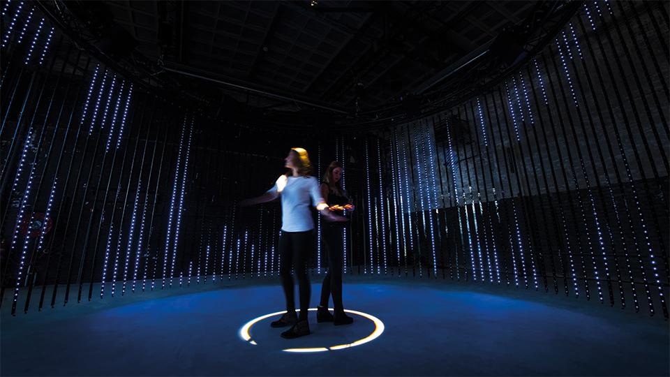 Arttenders Philips Lighting Lightfall